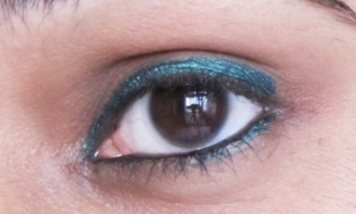 Faces Forest Green Eyeliner Look