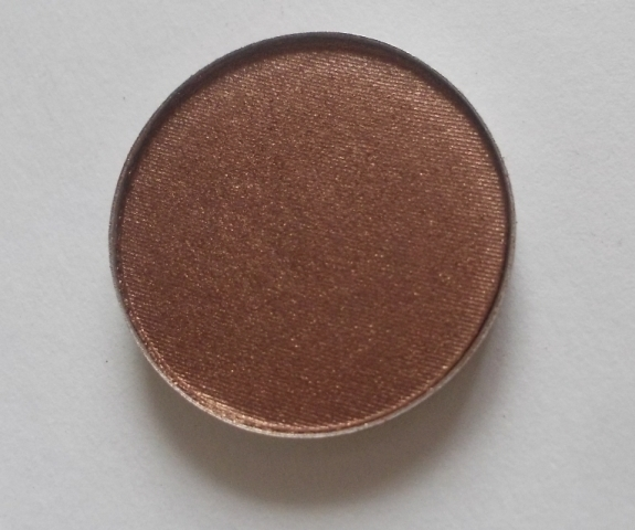 Mac eyeshadow mulch (5)