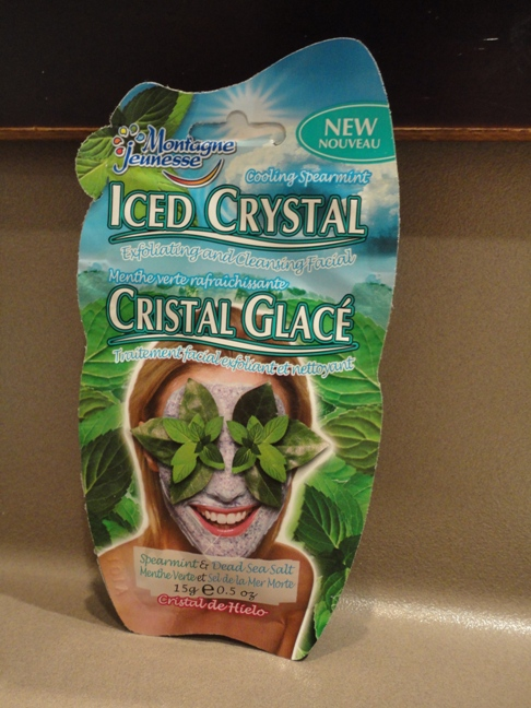 Montagne Jeunesse Iced Crystal Spearmint and Dead Sea Salt Mask Review