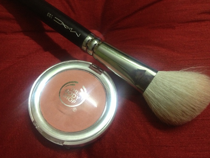 The Body Shop All in One Cheek Colour in Macaroon Review