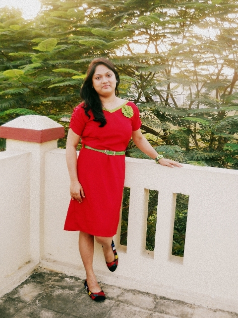 red frock green belt ootd