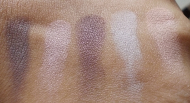revlon customeyes eyeshadow sweet innocence swatches