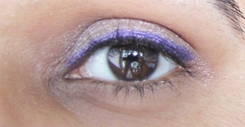 Colorbar I Glide Eye pencil in Amethyst Spark Look