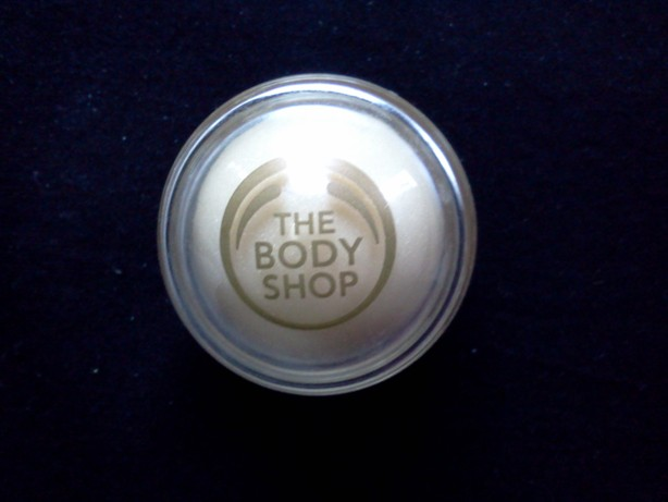 The Body Shop Vanilla Bliss Lip Balm Review