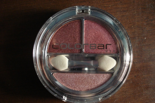 colorbar enchanting eyeshadow trio innocently pink