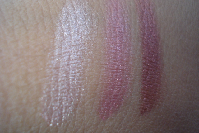 colorbar enchanting eyeshadow trio innocently pink swatches