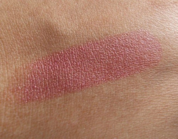 lakme winter lily