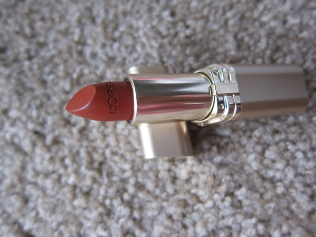 loreal color rich lipstick cinnamon toast (4)