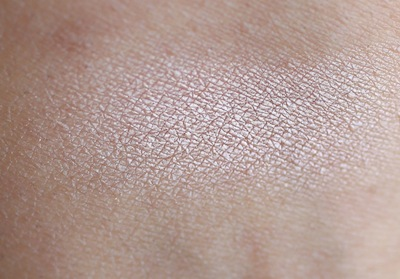 mac naked lunch eyeshadow swatch