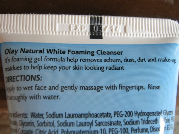 olay natural white foaming cleanser review