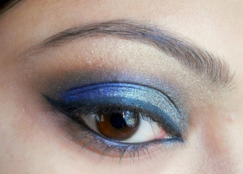 peacock blue colors eye makeup tutorial 1
