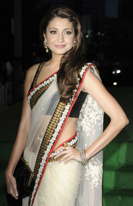 Anushka+Sharma+in+Saree
