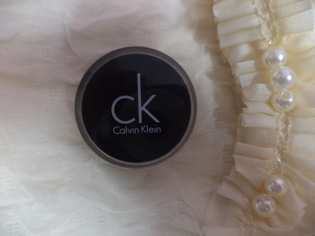 Calvin+Klein+Gel+Eyeliner+in+Black+Ice+Review