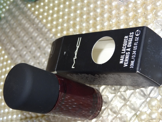 MAC+Me+Over+Purple+Majesty+Nail+Lacquer+Review