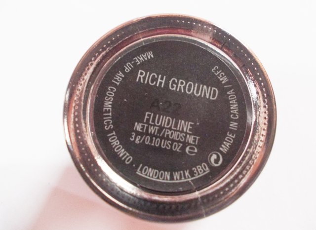 MAC Fluidline eyeliner Rich Ground (6)