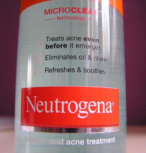 NUetrogena acne stress control triple action toner 4