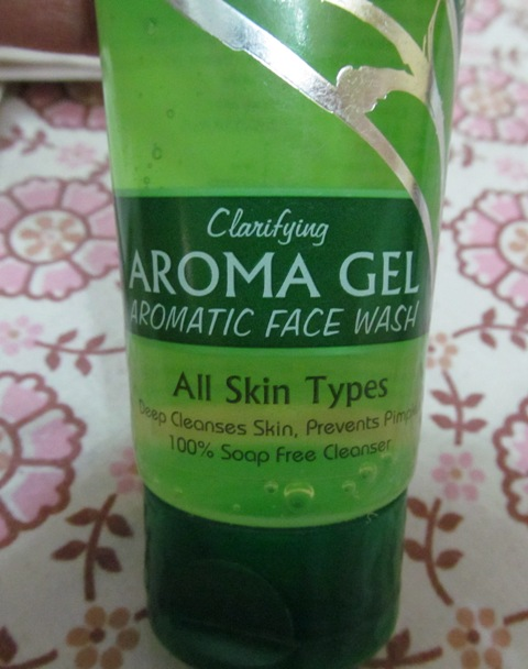 Nature's Essence Clarifying Aroma Gel Aromatic Face Wash