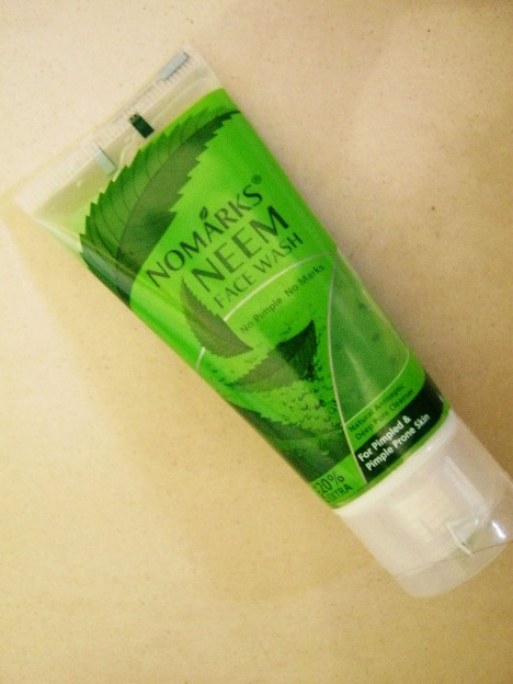 No+Marks+Neem+Face+Wash+Review