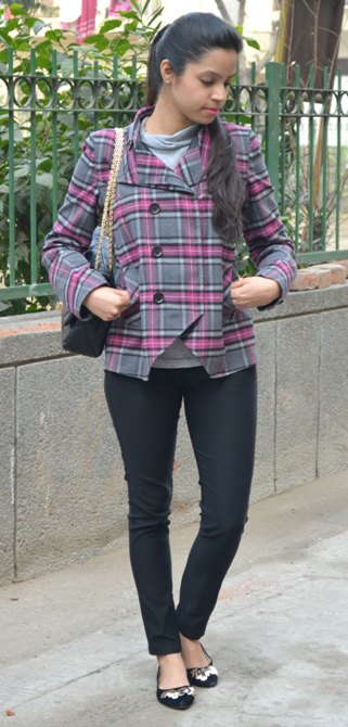 Outfit+of+the+Day+Grey+Plaid+Jacket+with+Black+Jeggings