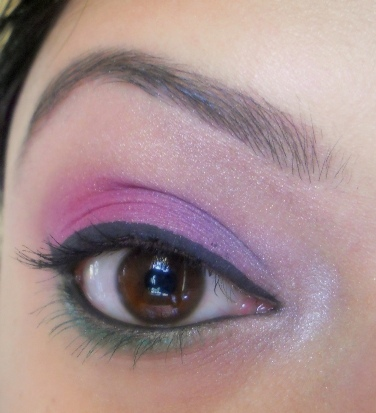 Purple+Green+and+Silver+Eye+Makeup+Tutorial