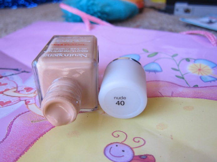 Skin Clearing Foundation 4