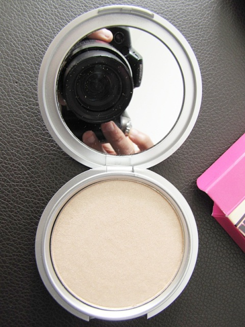 The Balm Mary-Lou Manizer5
