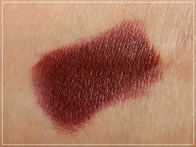 Tips & Toes Lipstick Sorrel Swirl Swatch