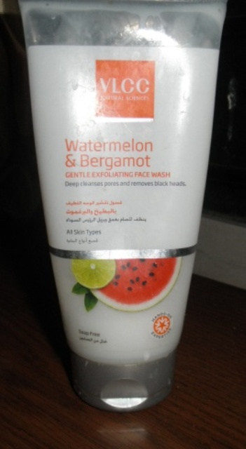 VLCC Watermelon bergamot Gentle exfoliating Facewash.