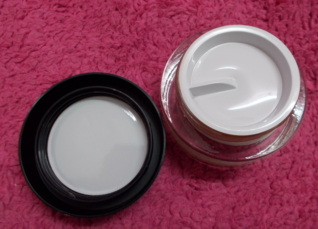 Whipped Cream Foundation 3
