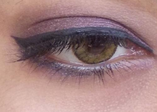 dark hazel eyes
