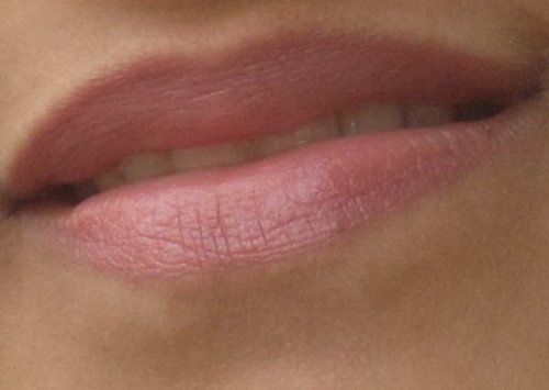 peachy lips