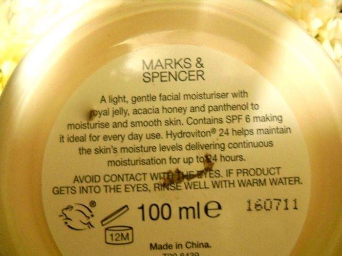 marks spencer royal jelly honey facial moisturizer 1 Marks Spencer Royal Jelly Honey Facial Moisturizer