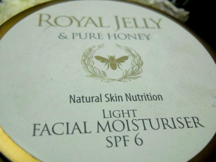 marks spencer royal jelly honey facial moisturizer info Marks Spencer Royal Jelly Honey Facial Moisturizer
