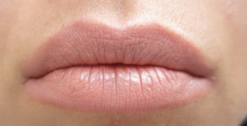 nude lips 1