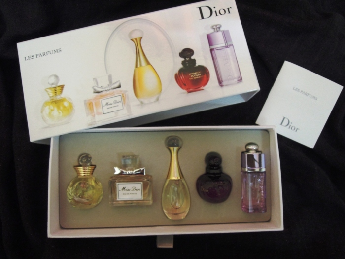 Christian+Dior+Les+Parfums+Miniature+Collection+5+Piece+Set+Review