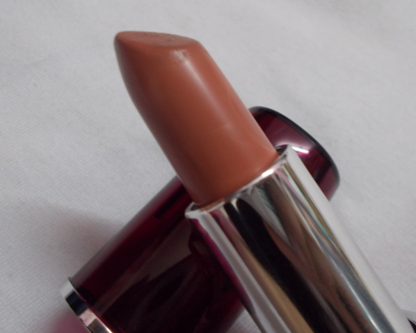Diana of London pure addiction lipstick soft caramel (6)