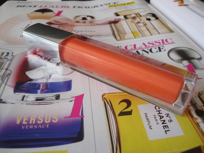 Maybelline+Colorsensational+High+Shine+Lip+Gloss+in+Captivating+Coral+Review