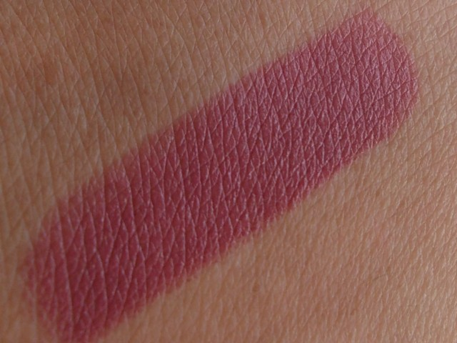 Maybelline super stay 14 hr lipstick always plum swatch