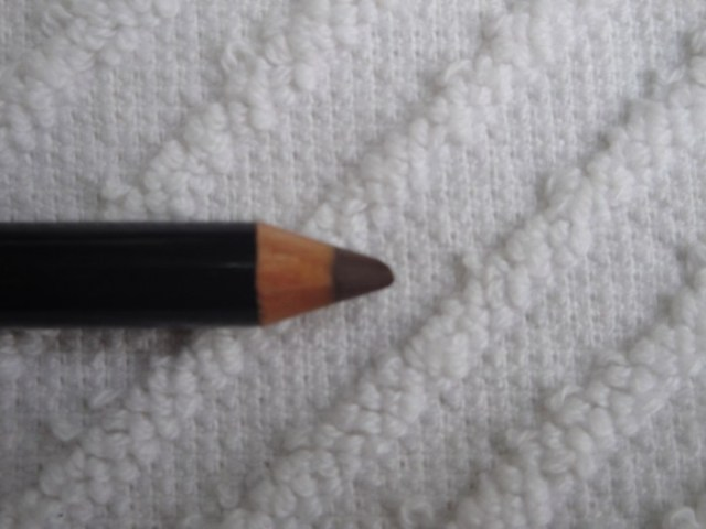 Brown Pencil Eyeliner Pencil 001 Dark Brown 4