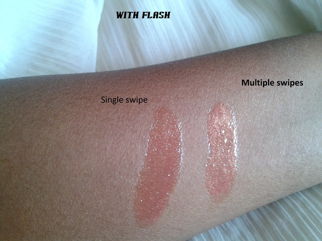 Rimmel London Stay Glossy Lip gloss – All Day Seduction  swatches (2)