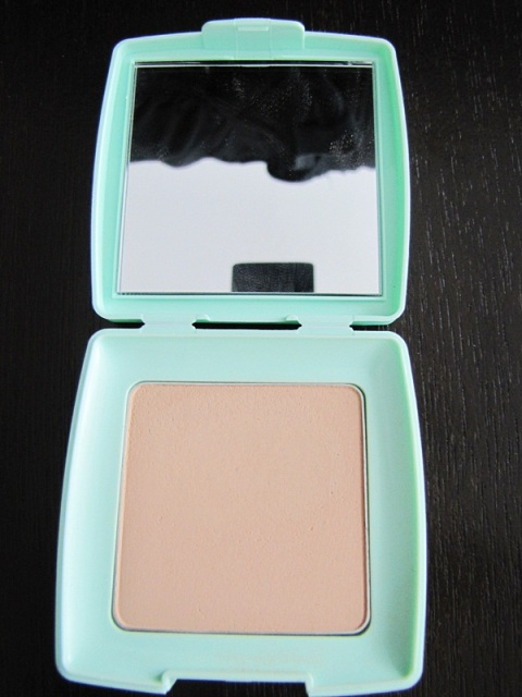 Silky Girl Pure Fresh Oil Control Pressed Powder SPF20 3