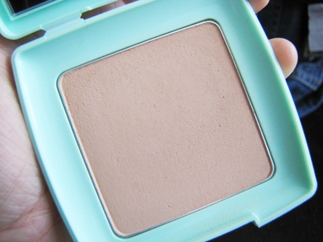 Silky Girl Pure Fresh Oil Control Pressed Powder SPF20 4