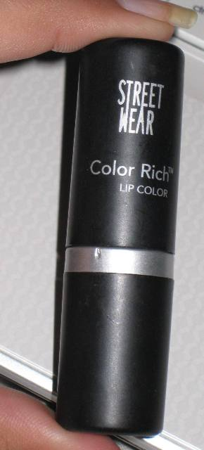 Streetwear Color Rich LIpstick Pink Currant (3)