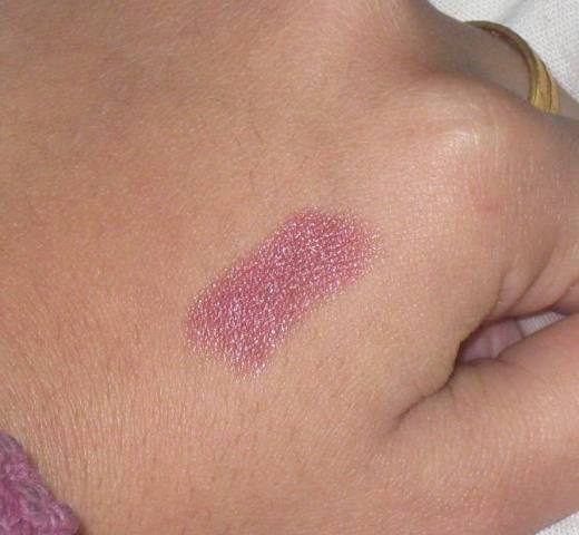 Streetwear Color Rich LIpstick Pink Currant Swatch