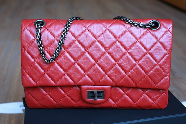 chanel-2.55-red