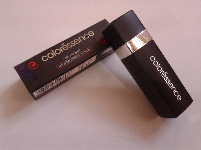 Coloressence Mesmerising LIp color Hot Look