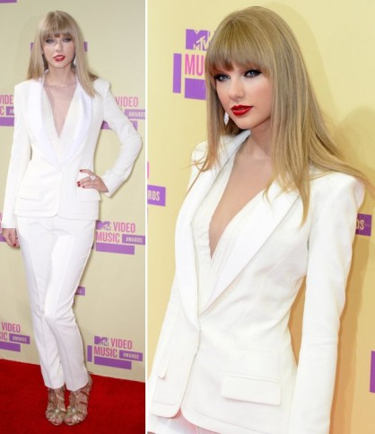 Taylor-Swift All White Party Dress Ideas for Women-19 Perfect White Outfits