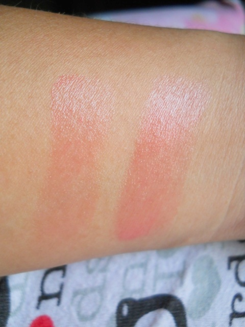 Vaseline Lip Therapy Rosy LIps swatch