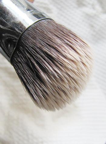 Cyber-Brush-Cleanser3
