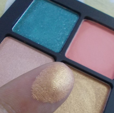 Inglot amc shine eyeshadow 25